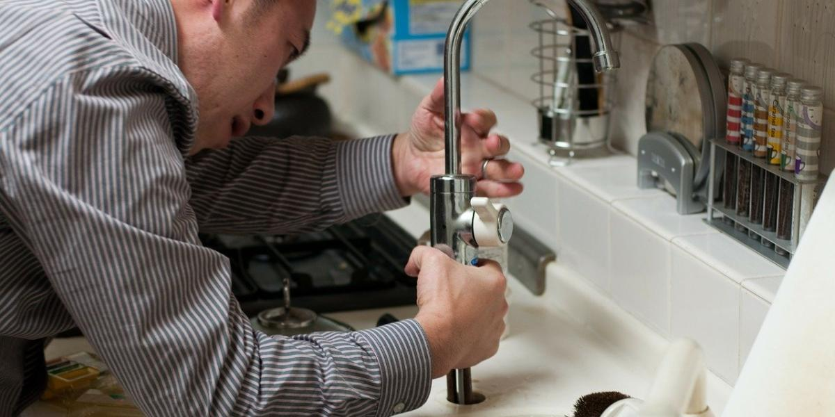 10 Skills Needed to Be a Plumber